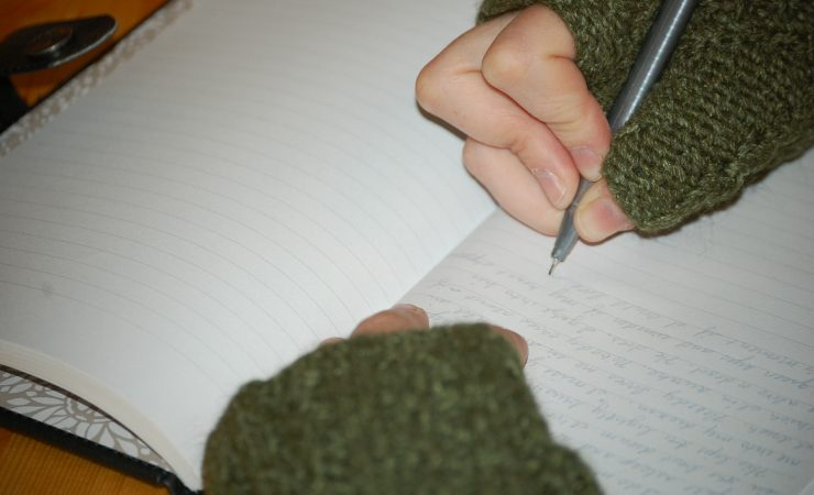 5 Ways Journaling can help you get through the hard stuff