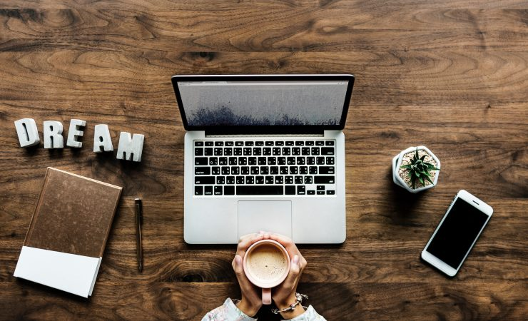 The pros and cons of internet counselling: From the perspective of an actual online counsellor (and not fearmongering technophobes)